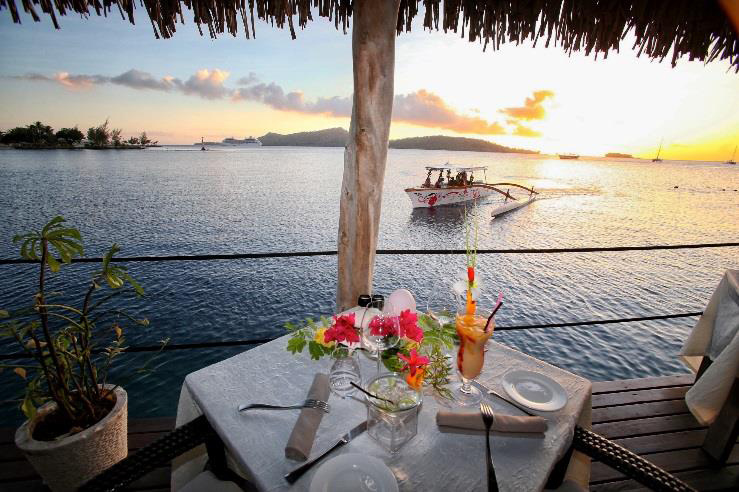 Combo Champagne Sunset Cruise & Romantic Dinner at St James